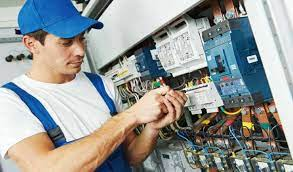 How to Hire an Electrical Maintenance Company